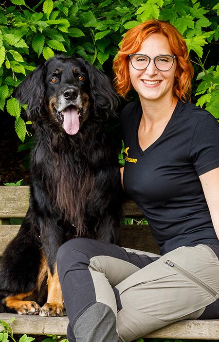 Sissy Leonie Kreid, Akademie Hund, Hundetrainerin, Ausbilderin, Dozentin